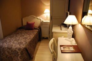 Rome Italy Comfortable Hotel 273_4RO