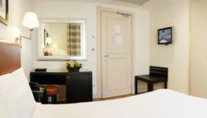 Rome-Italy-Hotel-Comfortable-261_4RO