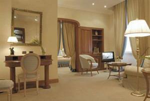 Rome-Italy-Luxury-Hotel-645_5RO