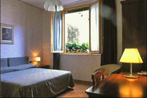 152 Comfortable (3-star) Hotel Florence 2RO