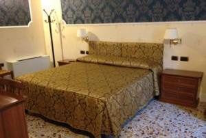 152 Comfortable (3-star) Hotel Florence 5RO