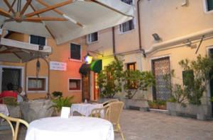 Venice-3-star-Hotel-2RO-ID-1087-San-Marco