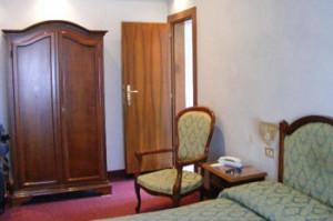 Venice-3-star-Hotel-4RO-ID-222-Dorsoduro