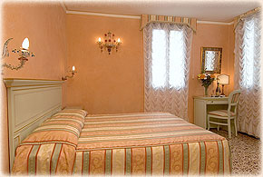 Venice-3-star-Hotel-5RO-ID-201-San-Marco