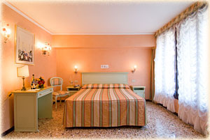 Venice-3-star-Hotel-6RO-ID-201-San-Marco