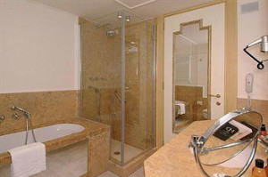 Venice-First-Class-Hotel-6RO-ID-1072-San-Marco
