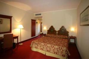Venice-3-star-Hotel-3RO-ID-280-Santa-Croce