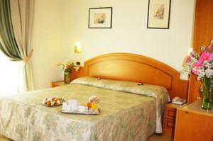 3-Star-Amalfi-Coast-Hotel-ID-421-Sorrento-1