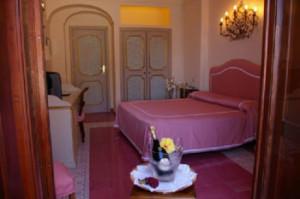 3-Star-Amalfi-Coast-Hotel-ID-454-Positano-5