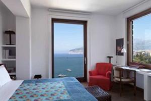First-Class-Amalfi-Coast-Hote-ID-1010-Sorrento-4.4