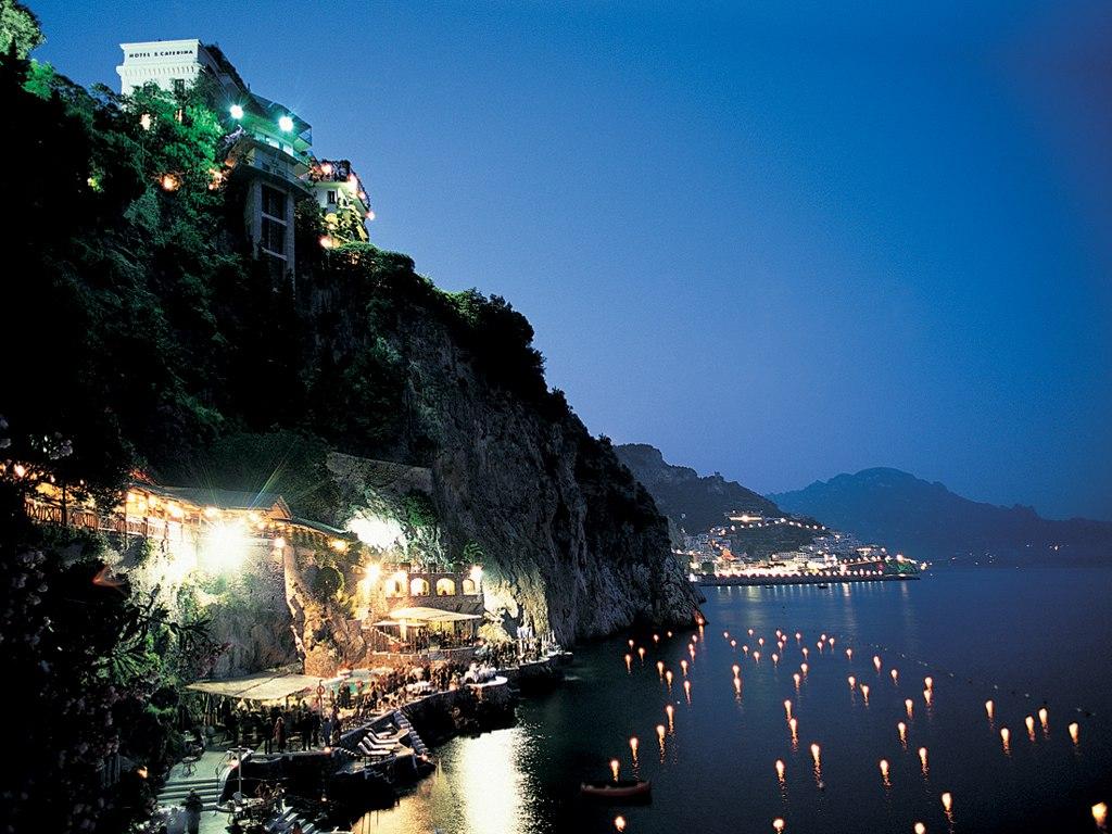 Amalfi coast hotels for Hotel luxury amalfi